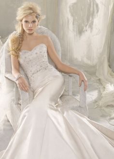 Alvina Valenta 2012 Bridal Collection   Dress of the Week  by Belle The Magazine