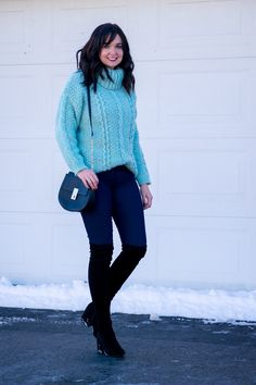 Cozy Oversized Turtleneck Sweater Outfit