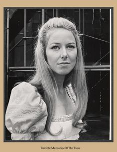 Karen Grassle in Cymbeline in Central Park 1971 Laura Ingalls Wilder, Classic Actresses, Actors & Actresses, Royal Family Portrait, Ingalls Family, Shakespeare In The Park, Melissa Gilbert, Westerns, Prairie House