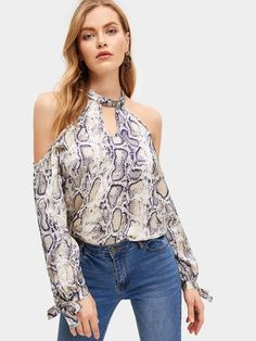 To find out about the Snake Print Cold-shoulder Blouse at SHEIN, part of our latest Women Tops ready to shop online today! Spring Blouses, Spring Shirts, Blouse Styles, Blouse Designs, Indian Blouse, Cold Shoulder Blouse, Blouse Online, Snake Print, Shirt Blouses
