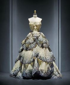 "The Corseted Beauty on Instagram: """"Junon "" dress, by House of Dior, 1949-1950. Metropolitan Museum of Art"