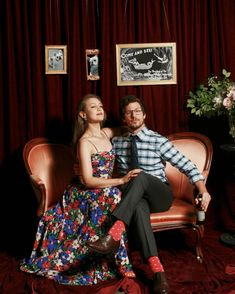Tagged with john mulaney, bill hader, andy samberg, nick kroll; Photos from John Mulaney and Annamarie Tendler's wedding photobooth Cute Celebrities, Celebs, Janet Snakehole, Best Of Snl, Cute Celebrity Couples, Bo Burnham, Jake Peralta, Andy Samberg, Wife And Kids