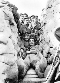 Men of 1/5th York and Lancaster Regiment in International Trench near the Yser Canal north of Ypres, 1915