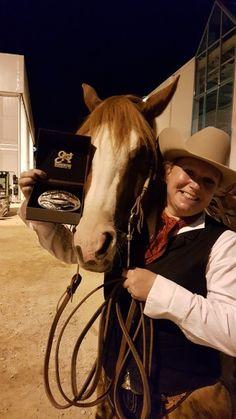Die glücklichen Reserve Champions: Sandra Stangel Sapergia und Fancy Lil Step. © EQWO.net / CM Champions, Riding Helmets, Cowboy Hats, Fancy, Sport, Western Horse Riding, Deporte, Sports