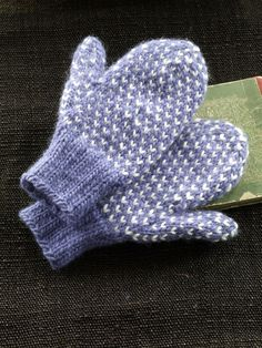 """Nordic Mittens – Would be beautiful in Olive with either white """"v""""s or cream. Nordic Mittens pattern by Lion Brand Yarn Knitted Mittens Pattern, Crochet Mittens, Knit Or Crochet, Knitting Patterns Free, Free Knitting, Knitted Gloves, How To Knit Mittens, Free Pattern, Fingerless Mittens"""