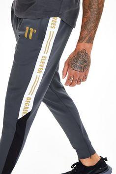 11 Degrees Gold Taped Track Pants - Anthracite/Black Size: L Track Pants Mens, Mens Jogger Pants, Hang Ten, Gold Tape, Swag Outfits, Mens Sweatshirts, Korean Fashion, Sportswear, Menswear