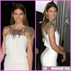 Jessica biel // chains and sparkle // that body // fitspiration