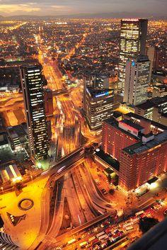 BOGOTA. Una ciudad con casi 8 millones de habitantes y unos problemas gravísimos de movilidad. Esta es mi mayor inspiración, mejorar la calidad de vida de los bogotanos con una aplicación que les de la información necesaria para pasar menos tiempo sentados en un bus y más haciendo lo que les gusta.