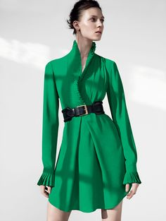 Alexander McQueen Long-sleeve tunic blouse in emerald silk with pleated detailing on the placket.