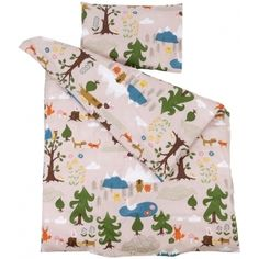 This bed linen by Klippan is gorgeous for little children, it features a charming design of bears in the forest!