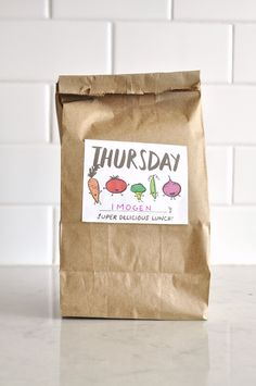 Free Printable: day of the week lunch bag labels