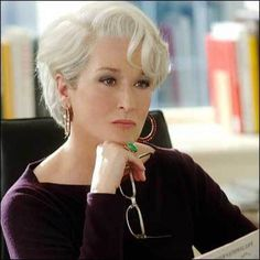 If you doubted that this color could look glamorous, look at this picture of Meryl Streep to have your doubts washed away.