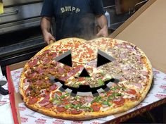 Pizzas know how to celebrate Halloween, make sure to invite one to your house today! #BMPPBurbank #HappyHalloween https://ordernow.bigmamaspizza.com/locations/burbank/