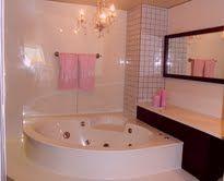 ALL CURVES Corner Bathtub, Curves, Baskets, Curvy Women