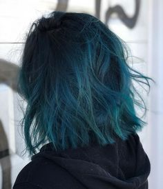 Discover recipes, home ideas, style inspiration and other ideas to try. Short Blue Hair, Blue Ombre Hair, Pastel Hair, Blue Green Hair, Creative Hair Color, Cool Hair Color, Baliage Hair, Pulp Riot Hair, Aesthetic Hair