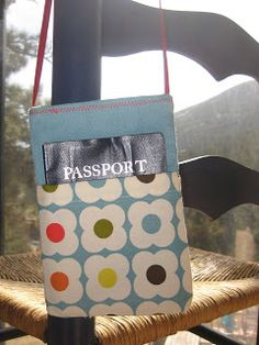 Travel In Style Passport Pouch {52 Quilt Block Pick Up}