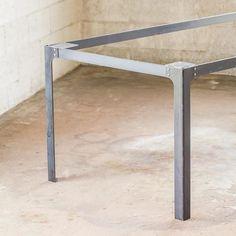 Elegant Industrial Table Design Ideas 24 – Home Design Steel Table Legs, Coffee Table Legs, Dining Table Legs, Industrial Table Legs, Industrial Lamps, Industrial Furniture, Vintage Industrial, Industrial Style, Design Minimalista