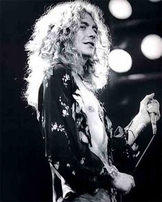 Hot Pics of Robert - Page 420 - Photos - Led Zeppelin Official Forum - Page 420