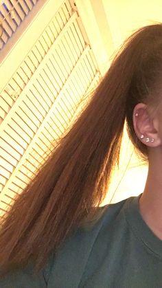 I want to do these so bad - Piercing - Piercing Oreja Tragus Piercings, Piercing Eyebrow, Double Ear Piercings, Ear Peircings, Cute Ear Piercings, Cartilage Earrings, Piercing Tattoo, Body Piercings, Double Cartilage