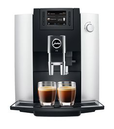 The Coffee Machine from Jura delivers the rich aroma and flavor experience avid espresso and coffee lovers will appreciate. Pulse Extraction Process brewing system extracts espresso in small pulses to ensure the most authentic taste. Jura Coffee Machine, Espresso Coffee Machine, Espresso Maker, Coffee Maker, Cappuccino Coffee, Coffee Shops, Coffee Aroma, Coffee Coffee, Black Coffee