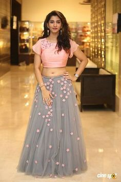 Telugu Television Actress Vishnu Priya Navel Hip Stills In Pink Lehenga Choli - Tollywood Stars Indian Gowns Dresses, Indian Fashion Dresses, Dress Indian Style, Indian Designer Outfits, Designer Dresses, Indian Fashion Trends, Long Dress Design, Stylish Dress Designs, Stylish Dresses