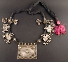 Rajasthan old silver amulet pendants and necklace, indian jewelry, necklace from India, jewellery from Rajasthan, Rajasthan hindu amulet