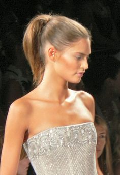 """Ponytails are always a favorite one, amongst women. The main reason is that, it is very simple toRead More """"High Ponytail For Women"""" High Ponytail Braid, Summer Ponytail, High Ponytails, Long Black Hair, Long Hair Cuts, Long Hair Styles, Pulled Back Hairstyles, Ponytail Hairstyles, Wedding Hairstyles For Long Hair"""