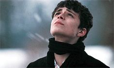 """"""" Lucas Jade Zumann as Gilbert Blythe in Anne with an """"E"""" ) Gilbert Blythe, Anne Shirley, Jonathan Crombie, Millie Bobby Brown, Thomas Doherty, Anne And Gilbert, Anne Auf Green Gables, Lucas Jade Zumann, Anne White"""