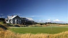 The Barwon Heads Clubhouse and 18th green