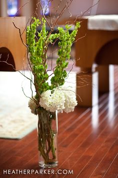 Google Image Result for http://www.heatherparker.com/duxbury-bay-maritime-wedding-photographer-photography/belles-of-ireland-wedding-flowers.jpg