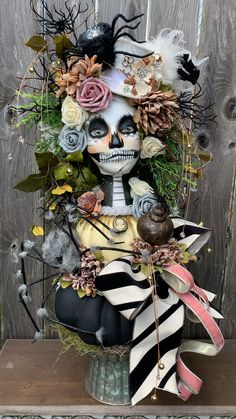 Miss Havisham Great Expectations [Video] Halloween Chic, Table Halloween, Victorian Halloween, Outdoor Halloween, Holidays Halloween, Vintage Halloween, Mickey Halloween, Vintage Witch, Skeleton Decorations
