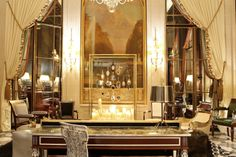 Hotel Le Meurice, Paris. Rich and famous came to taste the hotel Le Meurice in two steps from the Tuileries Garden. For example, Jennifer Lopez does not skimp to rent penthouse for 20,000.
