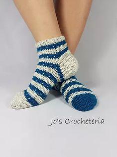 Jo's Crocheteria | Free Crochet Pattern | 19FreeCrochetPatternSocks