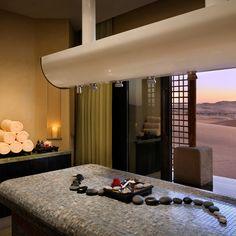 Oasi di Liwa (Abu Dhabi) - Qasr Al Sarab Desert Resort by Anantara Luxury Spa, Luxury Travel, Luxury Hotels, Spa Treatment Room, Spa Treatments, Desert Resort, Deserts Of The World, Best Spa, The Perfect Getaway