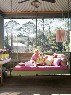 Beautiful outdoor home decor inspiration for hanging swing beds. Creative swing bed ideas for your home, porch or garden. Outdoor living at it's best! Bed Swing, Porch Swing Bed, Outdoor Rooms, Hanging Porch Bed, Hanging Bed, Hanging Beds, Sleeping Porch, Porch, Porch Bed