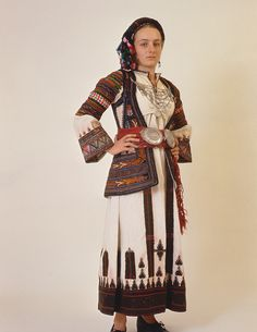 Costume from Perachora (Corinthia, Peloponnese). Greek Traditional Dress, Traditional Outfits, Macedonia, Historical Costume, Historical Clothing, Greek Dancing, Empire Ottoman, Dance Costumes, Greek Costumes