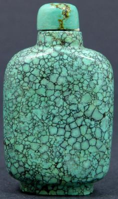 ANTIQUE CHINESE CARVED TURQUOISE SNUFF BOTTLE