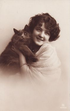 Beautiful Edwardian Lady with Cat Original Vintage Postcard