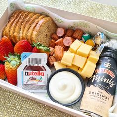 Picnic Box, Brunch, Breakfast Tray, Food Decoration, Charcuterie Board, Cute Food, Afternoon Tea, Food Styling, Nutella