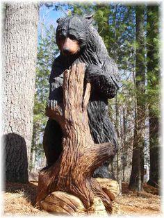 Such a cute bear carving