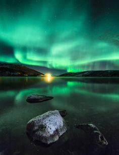 Le photographe Nicolas Raspiengeas nous a parlé de son voyage en Norvège, son projet photo sur les aurores boréales et ses techniques pour les photographier // Beyond the dream - Photo : Nicolas Raspiengeas