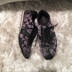 COACH signature sneakers size 9M but fit like 8.5 I'm a true size 8.5 in shoes and even though these are 9M, they fit me perfectly. Very comfortable. Excellent condition; only worn a few times. Smoke and pet free home. Coach Shoes Sneakers
