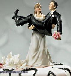 Esse topo de bolo foi feito para os casais divertidos! Aqueles que não se incomodam em ser diferentes e que gostam de dar boas risadas…  www.noivinhostopodebolo.com
