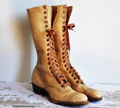vintage rare 1930s tan camel Gold Mine leather lace up boots