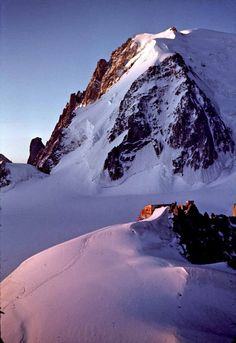 Col du Midi et Mt Blanc du Tacul  Chamonix France