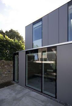 a-house-single-family-house-minimalist-modern-concept-1 - Easy Decor