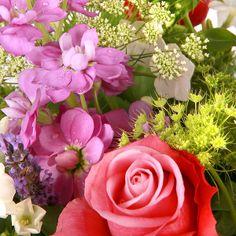 #Scented #Summer flower delivery gift service UK #summer #flowers #bouquet #summerflowers #roses #pinkroses #purple #flowerdelivery #serenataflowers