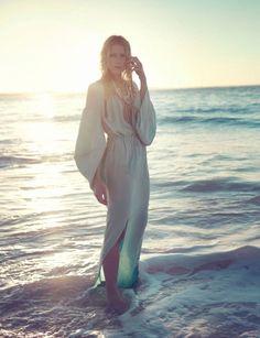 Dree Hemingway,Sofia Sanchez,Mauro Mongiello,numéro magazine,numéro,magazine,éditorial mode,sofia and mauro,sofia et mauro, éditorial, mode, édito, editorial, fashion editorial, fashion photographer, photographer, photographe, photographe de mode, fashion, sexy, model, modeling, modèle, luxe, luxury, portrait, glamour, mannequin, lovely, summer, sea, printemps, été, swimwear, swim, beach