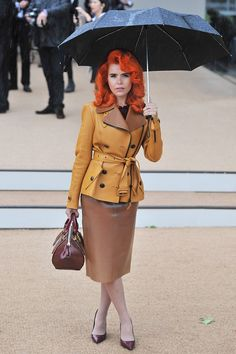 Paloma Faith and her bright orange hair Celebrity Outfits, Celebrity Style, Couture Coats, Latex Skirt, Paloma Faith, Eccentric Style, Dress Images, Latex Fashion, Looks Style