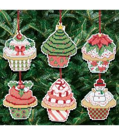 Janlynn Christmas Cupcake Ornaments Counted Cross Stitch Kit 3 attests to a fun way of creating Christmas decorations. This kit includes 14-count cotton Aida cloth, backing fabric, needle, 6-strand em